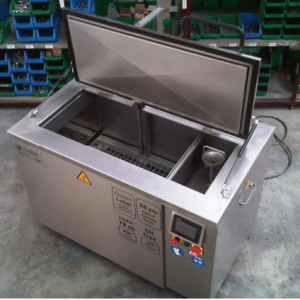 Be Tay Rua Sieu Am
